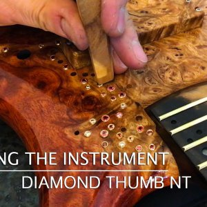 MAKING THE INSTRUMENT - Warwick Thumb NT with diamonds - Bubinga Burl Body